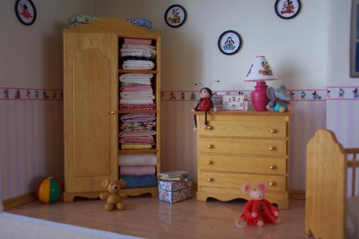 Chambre b b fille - Papier peint chambre bebe fille ...